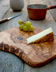 Rustic Wooden Chopping Board - (CPN21)