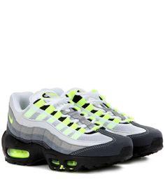 factory price 149d7 c4c51 Collezione scarpe Nike Autunno Inverno 2016-2017 - Sneakers fluo