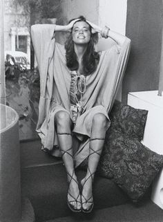 """June 25, 1945 Carly Simon born in New York City. She won a Grammy for Best New Artist in 1971. In 1972, she had her first hit single, """"You're So Vain."""" That same year she married musician James Taylor. They had two children, but divorced in 1983. She won an Oscar in 1988 for the song """"Let the River Run."""" In 2008, she released the album This Kind of Love."""