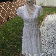 Adrianna Papell Dress Delicate & elegant casual spring/summer dress. The perfect color for a casual lunch date, picking flowers, or a photo shoot.  Please note: dress has tag attached but the tag is ripped so original price is not showing. Adrianna Papell Dresses