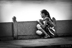 Girl in Agra. Agra, India. By Jaime Maciá jaimemacia.tumblr.com