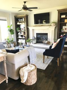 Southern Hospitality - Adventures in Decorating, Thrifting, Cooking, Fashion & Gardening Small Space Interior Design, Interior Design Living Room, Living Room Decor, Southern Hospitality, Beautiful Living Rooms, Paint Furniture, House Tours, Small Spaces, Table