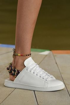 Spring Summer 2016 Shoe Trends