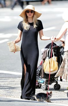 a black maxi and a straw hat... love it
