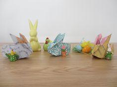 Pâques approche à grands pas et je vous propose aujourd'hui un tutoriel pour réaliser un panier lapin en forme d'origami pour y ranger les trouvailles de votre chasse aux œufs. 😉  Retrouvez en détails les étapes pour le réaliser. Il y a beaucoup d'étapes mais vous serez d'autant plus fiers de vous quand vous verrez le résultat!