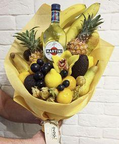 Идея подарка на день рождения Fruit Salad, Martini, Dairy, Packaging, Cheese, Sweet, Handmade, Food, Ideas