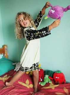 Free Bubble Vitaminic Nightgown Pattern. My youngest loves to wear nightgowns and this one us really cute!