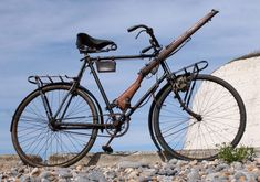 1916 New Hudson Military Model No 101 – The Online Bicycle Museum Bicycle Pedals, Folding Bicycle, Bicycle Brakes, Bicycle Tires, Cruiser Bike Accessories, German East Africa, Bikes For Sale, Bike Style, World War One