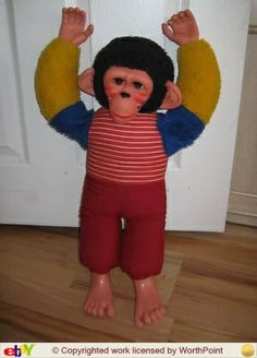 Jacko Monkey I had one of these scarey creatures ! 1970s Childhood, My Childhood Memories, Vintage Toys 1960s, Family Tree Research, Teenage Years, Old Toys, Our Kids, Just In Case, Nostalgia