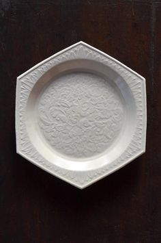 Hakuji plate by Yuzuru HARADA, Japan 原田譲