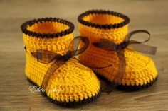 Sale. Crochet baby booties, unisex baby booties, baby shoes, boots, orange yellow, brown, ribbon, READY TO SHIP, size 3-6 months, gift by EditaMHANDMADE on Etsy https://www.etsy.com/uk/listing/202158916/sale-crochet-baby-booties-unisex-baby