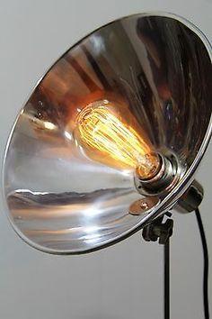 Tripod Steh Tisch Arzt Lampe Dreibein Stativ Vintage Bauhaus Industrie Edison