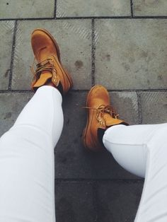white jeans & timberlands