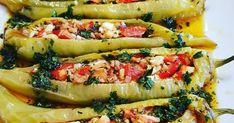 To μεζεδάκι μου 🌶 γεμιστές πιπεριές !!! Υλικά 8 με 9 πιπεριές Φλωρίνης ή κέρατο πράσινες 2 μέτριες ντομάτες 150 γραμ τυρί φέτα 1 μα...