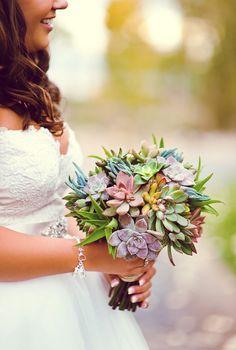The succulent wedding bouquet!