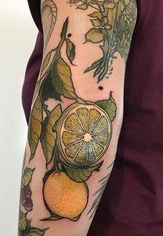 Magda Hanke lemon tattoo - Magda Hanke lemon tattoo You are in the right place about Magda Hanke lemon tattoo Tattoo Design And - Food Tattoos, Body Art Tattoos, New Tattoos, Sleeve Tattoos, Badass Tattoos, Pretty Tattoos, Beautiful Tattoos, Marcelo Tattoo, Aesthetic Tattoo