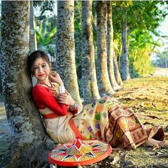 Cute Baby Girl Pictures, Cute Girl Pic, Girl Photos, Dance Fashion, Girl Fashion, Northeast India, Culture Clothing, Girl Photography Poses, Beautiful Saree
