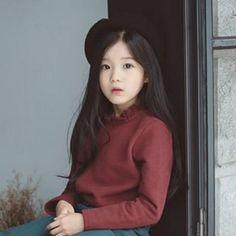 Hanya kumpulan para ulzzang yang gua temukan😏 Bisa buat re Cute Asian Babies, Korean Babies, Asian Kids, Cute Korean Girl, Cute Babies, Cute Little Baby, Little Girls, Toddler Fashion, Kids Fashion