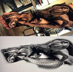 Face Tattoos, Body Art Tattoos, Tattoo Drawings, Sleeve Tattoos, Portrait Tattoos, Tattoo Ink, Celtic Tattoo Symbols, Celtic Tattoos, Medusa Tattoo