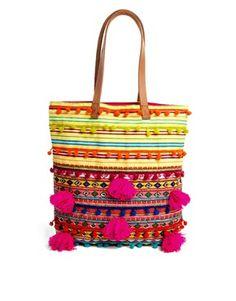 Imagen 1 de Bolso shopper tejido con cuentas y pompones de ASOS