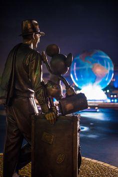 Happy Anniversary, Tokyo DisneySea, the world's greatest theme park! Disney Tourist Blog, Disney Cruise Tips, Disney Resorts, Disney Vacations, Disney Trips, Disney Travel, Family Vacations, Cruise Vacation, Vacation Destinations