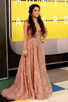 And swapped out her ~billowy tank top~ for a ~diaphanous tea-stained gown~. | Vanessa Hudgens' Dress Confirms That The VMAs Are Basically Formal Coachella