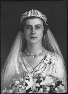 Princess Marina of Greece married Prince George Duke of Kent, the third son of…
