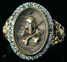 A momento mori skull and cross bones diamond mourning ring with hair under glass, c. 18th century - Historical Jewelry