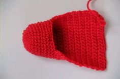 Knitted Hats, Crochet Hats, Crochet Slippers, Crochet Top, Spiderman, Old Things, Knitting, Women, Bracelets