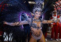 Bianca Leão - União da Ilha   Conheça as musas do Carnaval 2016 do Rio de Janeiro
