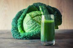 O Suco de Repolho ajuda de forma eficaz á acelerar o nosso metabolismo fazendo com que o emagrecimento seja mais rápido e ao mesmo tempo saudável.