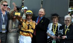 2012 Breeder's Cup Mile Winners' Circle with the connections of Wise Dan. Photo by Dave Harmon