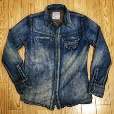 いいね!8件、コメント1件 ― taketoshiさん(@taketoshi728)のInstagramアカウント: 「やっと出会えた #denim #jeans #deeta #indigo #madeinjapan #japan #surfing #surf #punk #kamakura #腰越」 Denim Shirt Men, Denim Jeans, Jean Shirts, Western Shirts, Denim Fashion, Jeans Style, Clubwear, Chambray, Casual Shirts