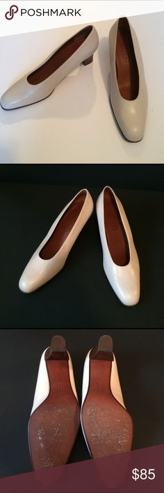 """Coach pumps Coach leather pumps 1 1/2"""" heels. UIGC. Made in Italy great condition. Small water spots see pictures. Coach Shoes Heels"""