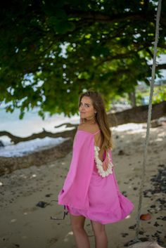 gal-meets-glam-kaftano-rosa http://www.pensorosa.it/trends/45-look-e-outfit-per-la-spiaggia.html