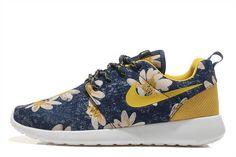 online retailer 9253d 86891 Nike Roshe One Women Flower Navy Yellow