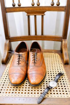 groom style http://www.weddingchicks.com/2014/01/13/diy-dapper-deco-wedding/