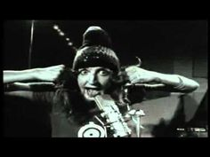 Gong - I Never Glid Before - Live 1973 - It is so cool that this exists.  Full on Daevid Allen!!!  Makes me exceedingly happy. Magical.