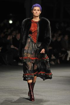 Givenchy RTW Fall 2013 - Slideshow - Runway, Fashion Week, Reviews and Slideshows - WWD.com