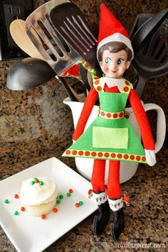 Really easy no sew Elf on the Shelf DIY Cooking Apron that costs less than $5 to make!