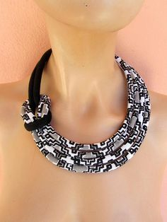 Black And White Jewelry Set  Fabric Asymmetric Side Knot
