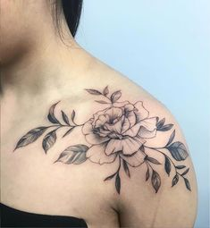 illustration flower outline on the shoulder Hon tattoo Flower Outline Tattoo, Rose Outline, Tattoo Shops Toronto, Illustration Flower, Tattoo Flash Art, Fine Line Tattoos, Tattoos Gallery, First Tattoo, Shoulder Tattoo