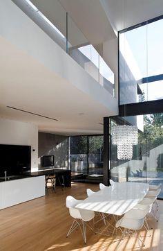 Minimalistic private residence in Herzliya Pituah, Israel by Tel Aviv based studio Pitsou Kedem Architect