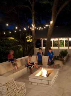 A fire pit just like this. Yes. Except, concrete block rather than stone.