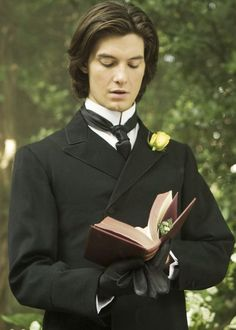Ben Barnes in 'The Picture of Dorian Gray' Put some glasses on him and the perfect Julian Gregory Wick. Dorian Gray, Ben Barnes Sirius, Young Sirius Black, Beautiful Men, Beautiful People, Mode Steampunk, All The Young Dudes, Man Character, The Marauders