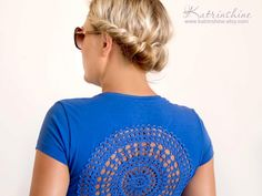 Blue t-shirt with upcycled vintage crochet doily by katrinshine