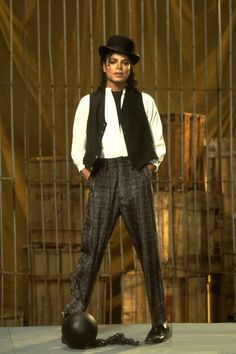 Michael Jackson in set of Leave Me Alone, the short film, recorded in 1987 released in Michael Jackson Dangerous, Michael Jackson Bad Era, The Jacksons, Leave Me Alone, My King, Record Producer, American Singers, My Idol, T Shirt