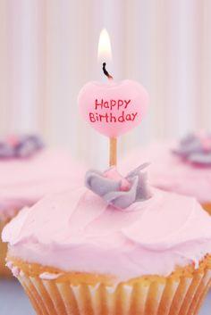 parabéns cupcake - Pesquisa Google