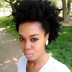 Very pretty @tupo1. Loving the fuss free hair and makeup look. #teamnatural #naturalhair