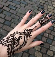 Simple Henna Tattoo Designs (1)